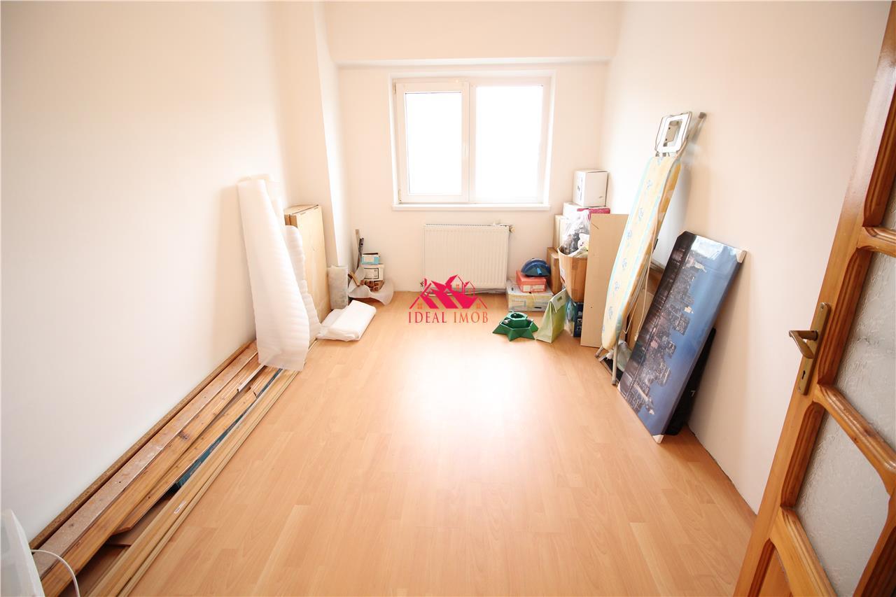 Apartament 3 Camere Decomandate - Stefan Cel Mare