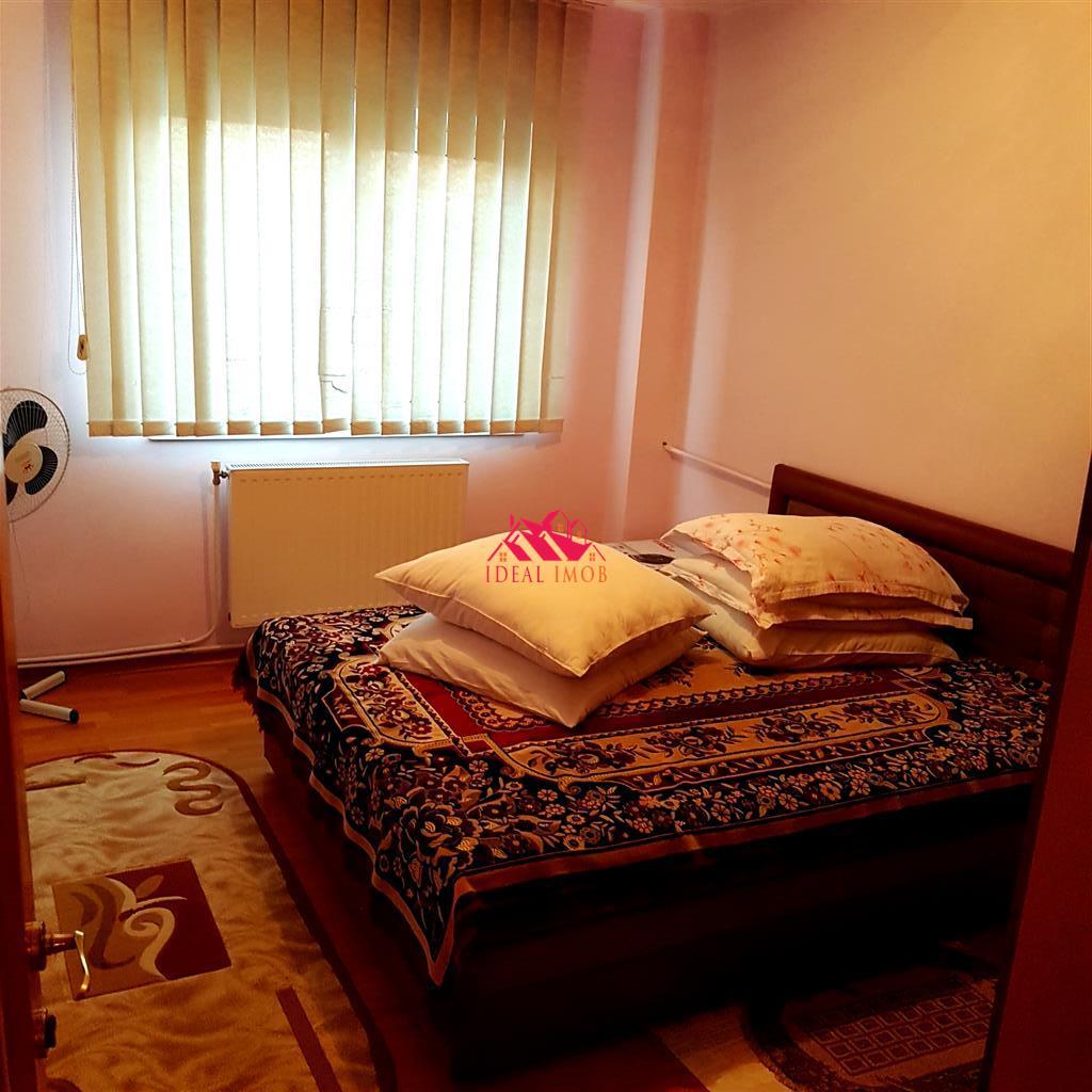 URGENT! 3 Camere Zona NORD - ETAJ 3