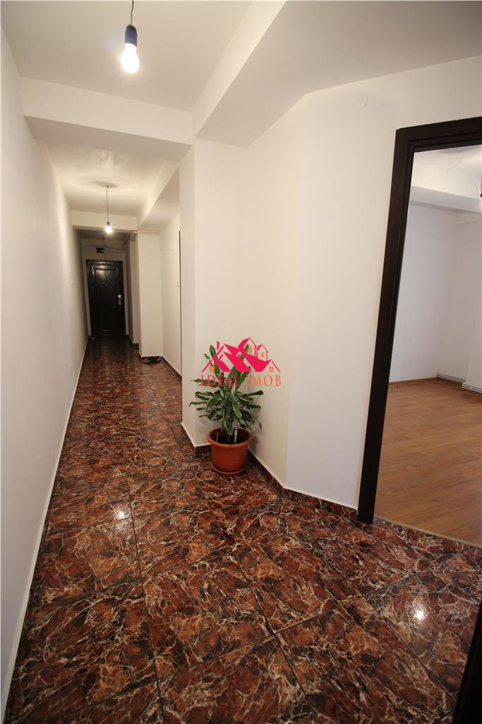 2 Camere Decomandate Cartier Rezidential- Etaj 1