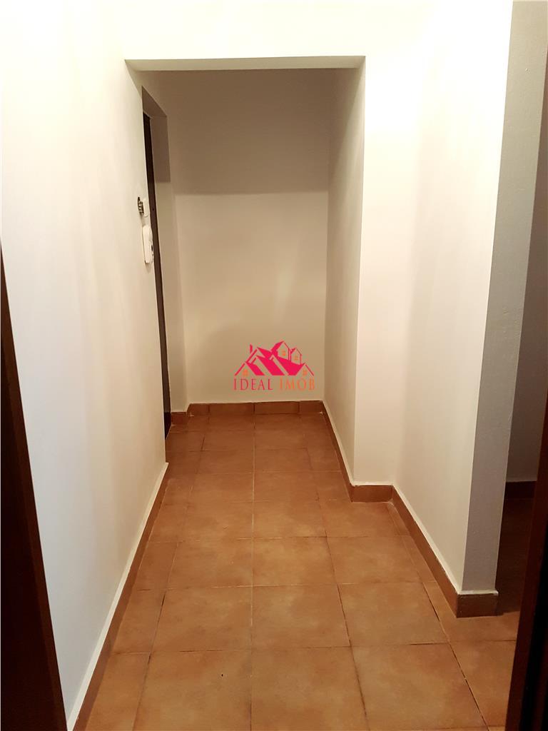 3 Camere etaj 2 - Renovat