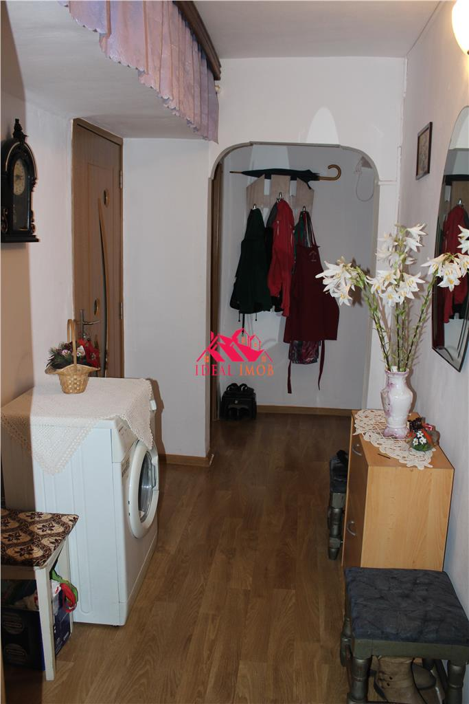 3 Camere Zona TicTac,etaj 1