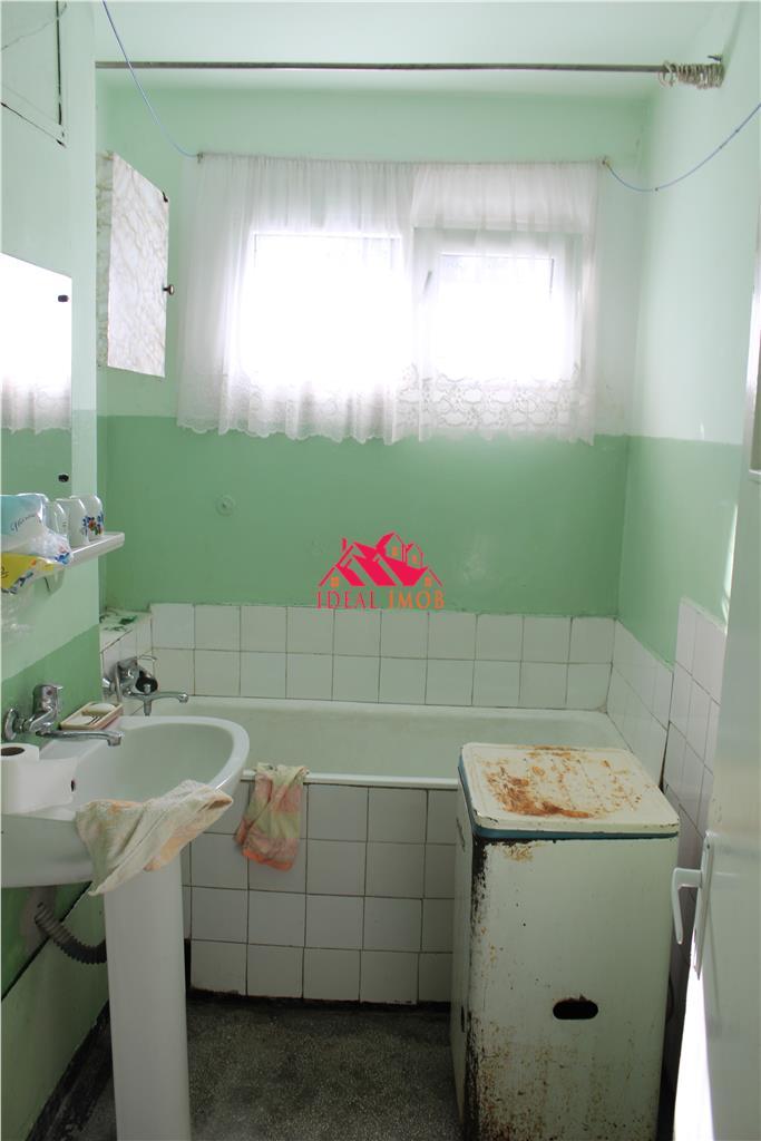 2 Camere Zona Narcisa - Etaj 3