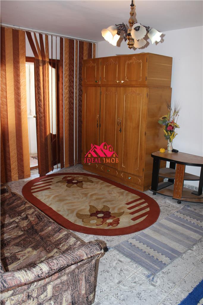 3 Camere Republicii Mobilat/Utilat