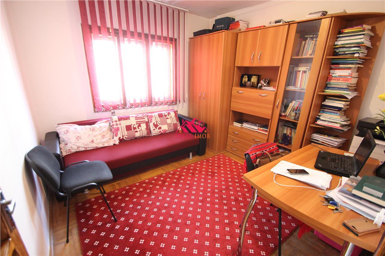 3 Camere Piata Sud - Etaj 2