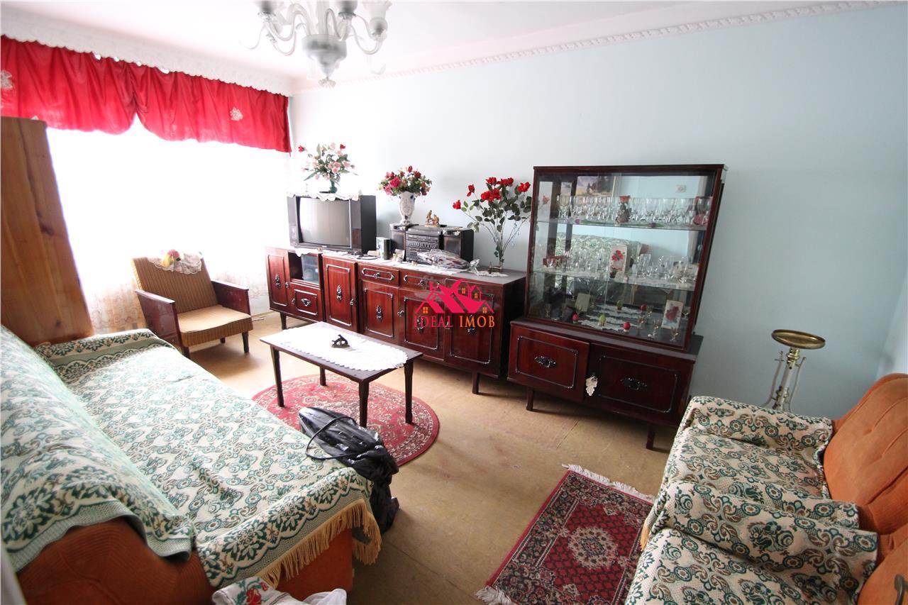 2 Camere Milcov,Etaj 1