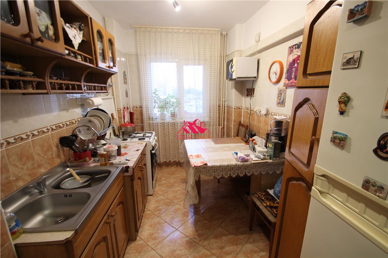 2 Camere Decomandate Piata Sud - Etaj 2