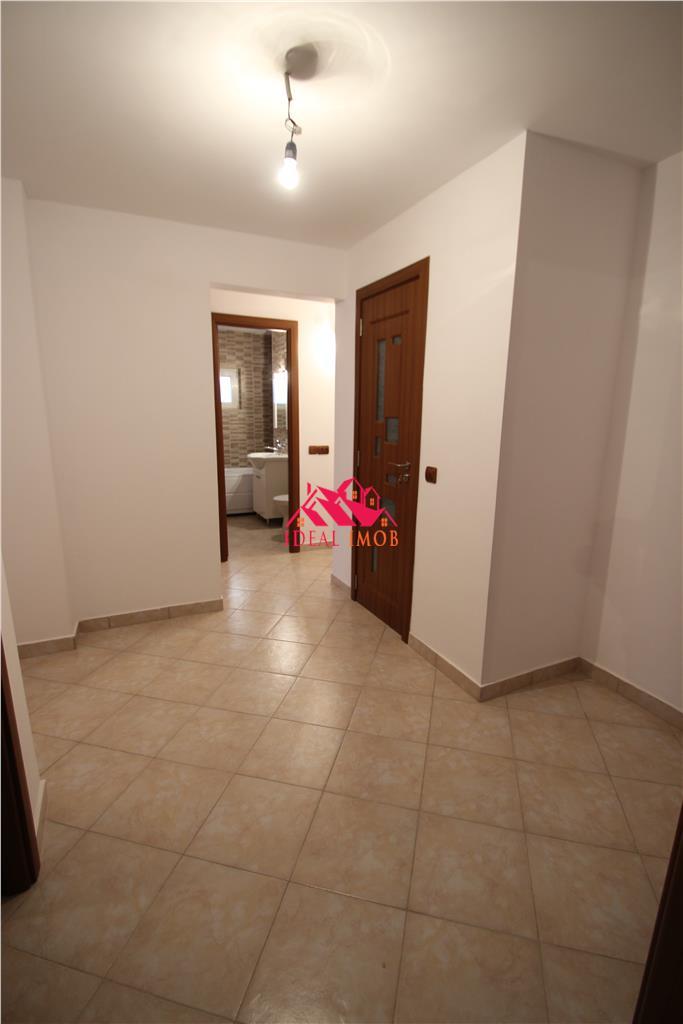 Apartament Decomandat -Zona Nord ,RENOVAT