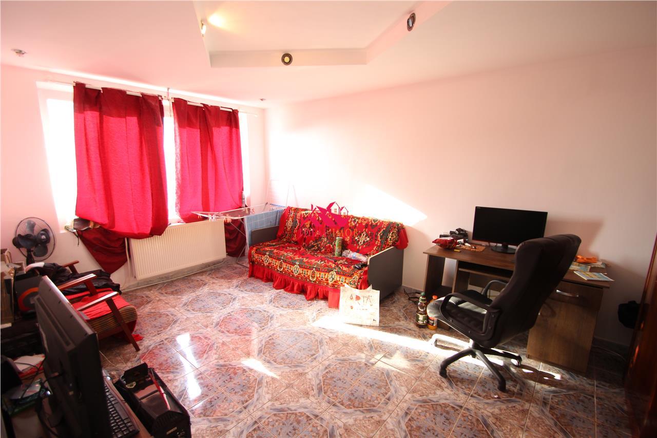 Apartament Decomandat CORNISA