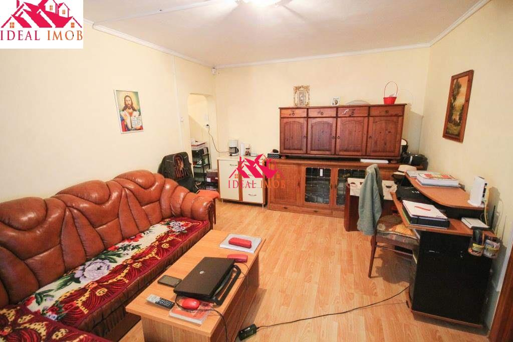 2 Camere Alecu Russo -Renovat