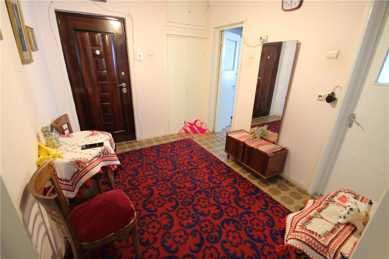 Apartament 3 Camere Decomandate - CORNISA