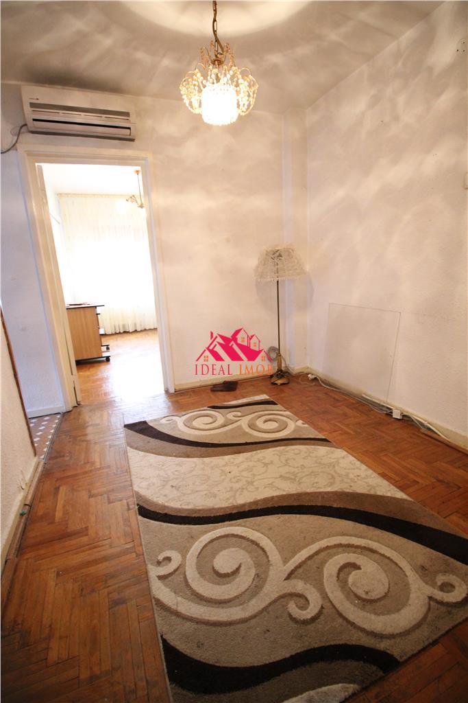 Apartament 3 Camere Decomandate Piata Sud - Etaj 2