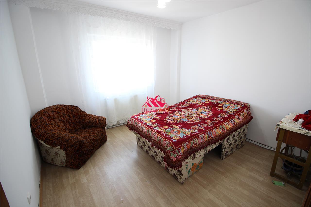 Apartament  2 Camere Decomandate Mioritei